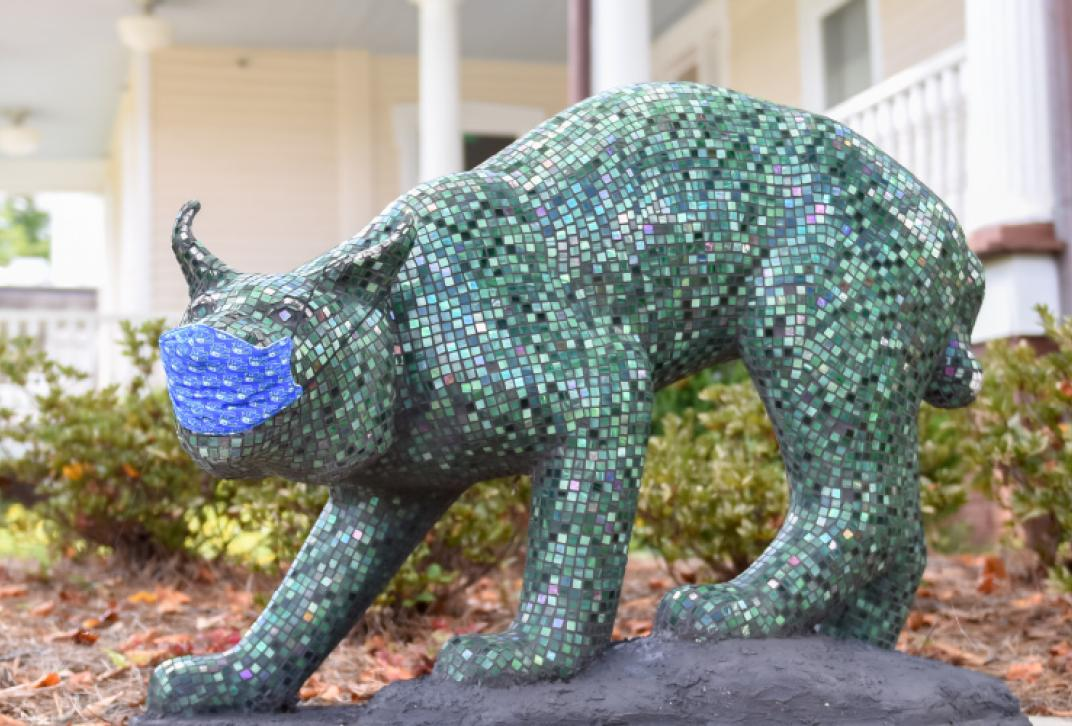 Bobcat statue with Geogia College mask