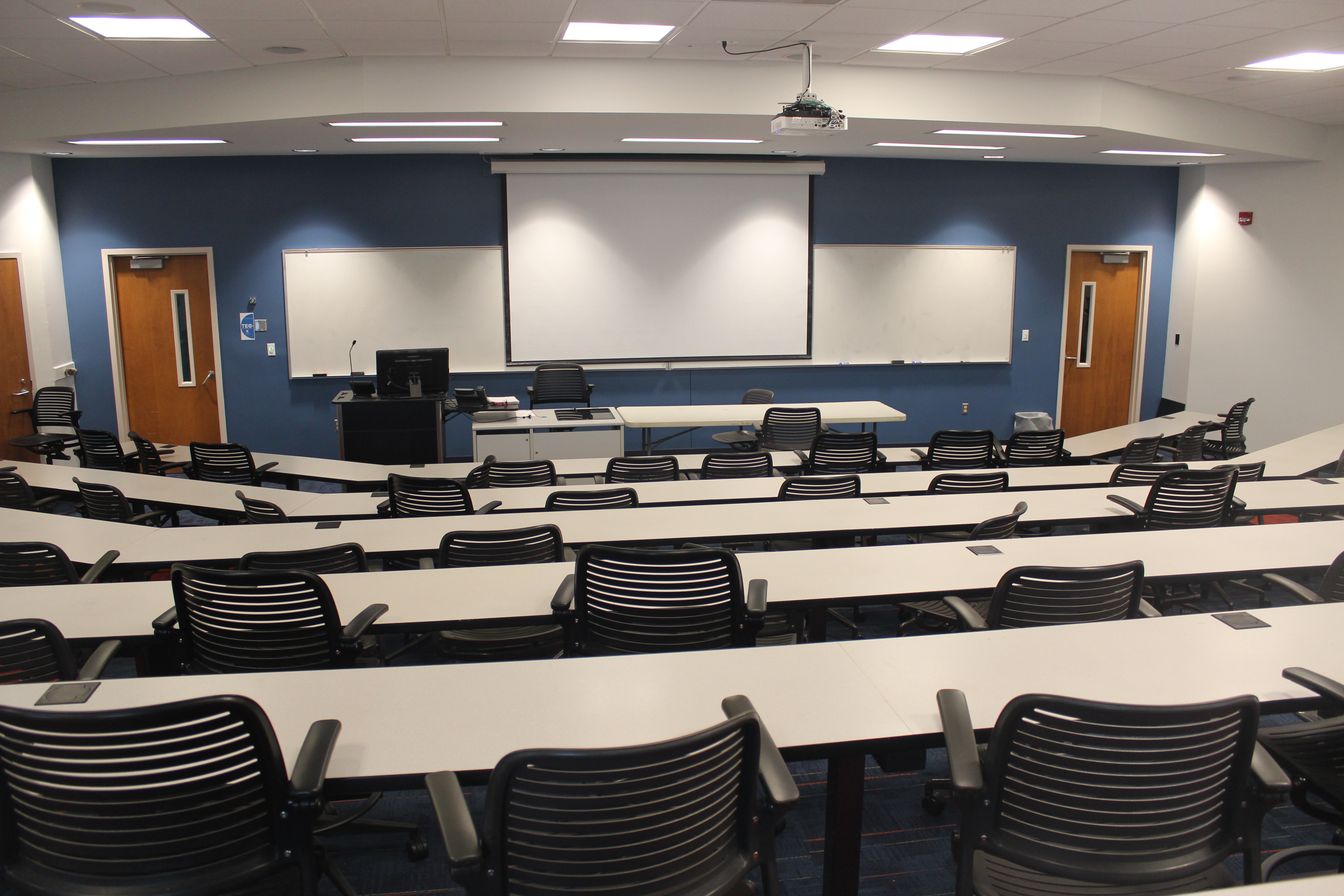 Photo of the A&S 3-70 classroom showing front of the classroom