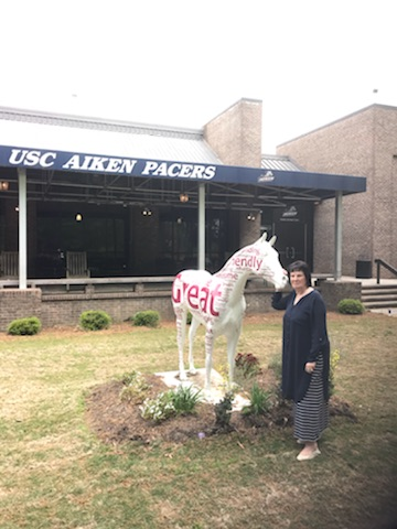 Dr.Sams with horse statue